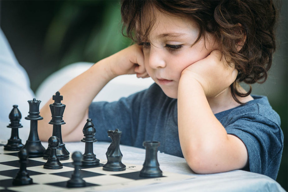 SummerCamp2017_0056_111487-UPLOAD_FILE_9-20170809CHESS-take-one10
